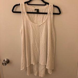 Left of Center White Knit Twist Hem Medium EUC